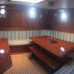 dagverblijf en salon voor eigen gebruik groep zeilschip Meander