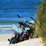 Zeilen en fietsen tijdens zeilvakantie op zeilschip Meander